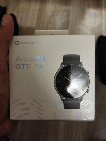 Смарт часы Amazfit gtr 2e