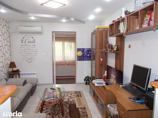 Apartament 3 camere in Vasile Aaron
