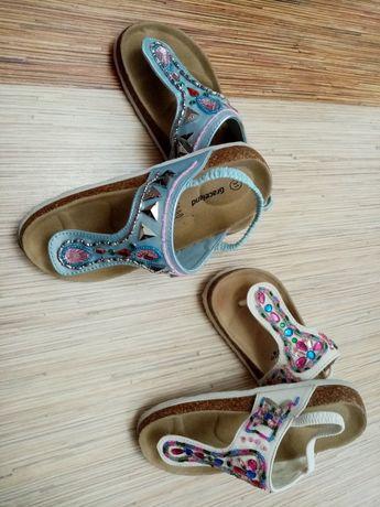 Красиви сандали