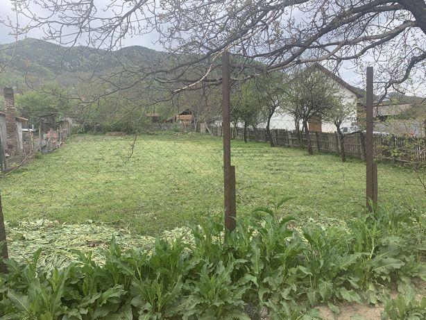 Teren intravilan la munte  Nehoiu, DN 10, teren casa de vacanta