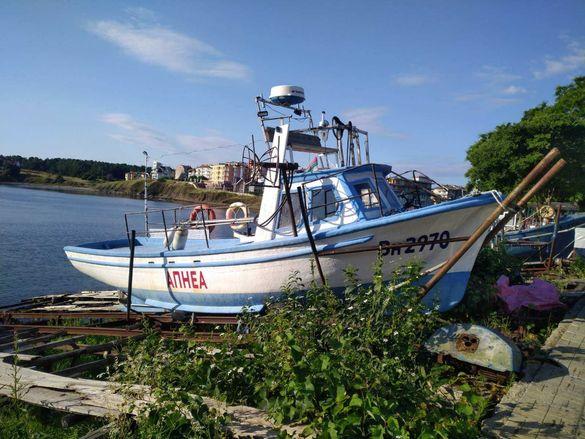 Оборудвана рибарска лодка