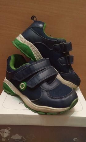 Продам детские ботинки Jomoto; 31 размер.