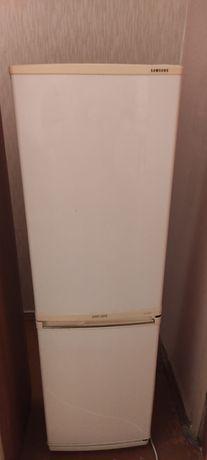Холодильник спмсунг