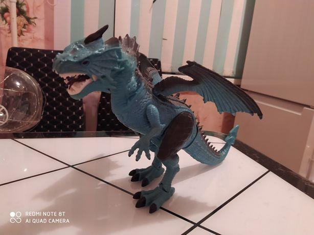 Продам дракона 5.000 на пульту.