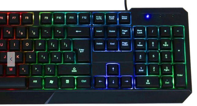 Tastatura Gaming A+ iluminata rainbow RGB Noua Sigilata