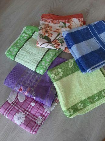 Махровые новые полотенца