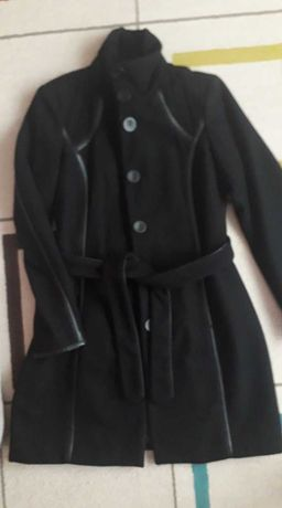 Страхотно стилно черно вълнено палто VILA. Без забележки!