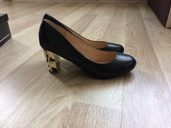 Атрактивни обувки Tendenz