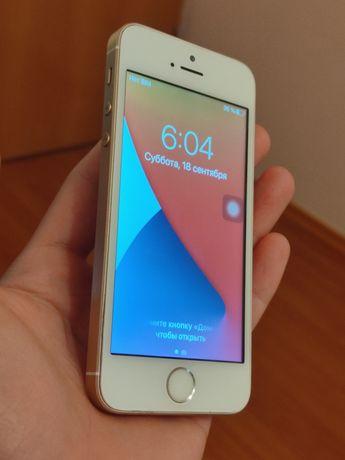 iPhone SE айфон се