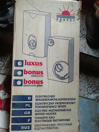 Продам электро проточный водонагреватель. Площадь обогрева до 120м2