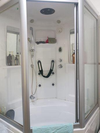 Продам сантехнику б/у: душ.кабина, раковина, унитаз