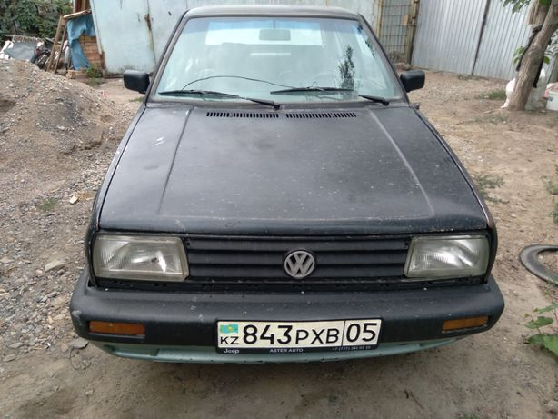 Продам машину Фолцфагин жета 1991