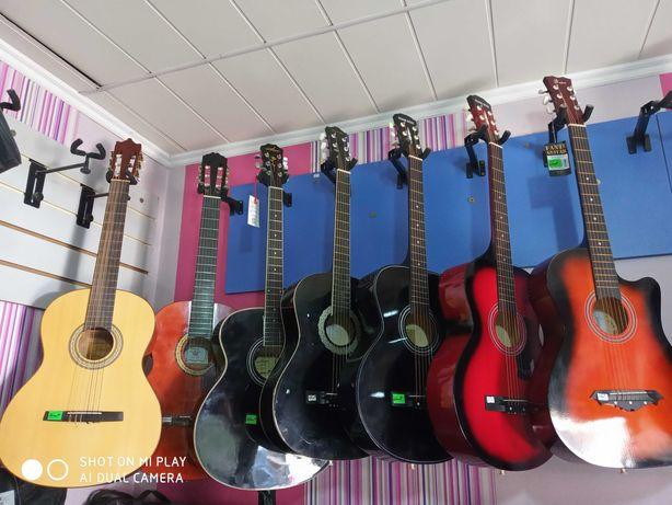 Новые гитары разных моделей