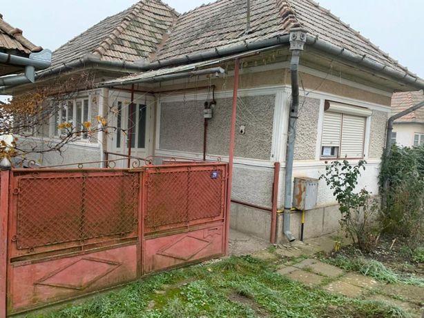 Casa 3 camere Nazna