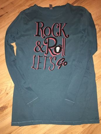 Продавам блузка за момче
