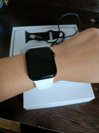 Продам Watch 5  идеальные