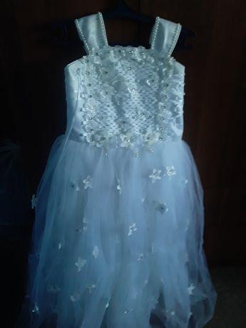 Продам платья для девочек на свадьбу 11-12 лет