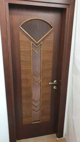 Продам двери межкомнатные шпонированные