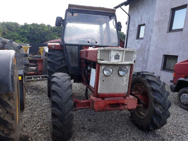 Dezmembrez Tractor 844