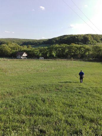 Vând teren pe Aurel Vlaicu