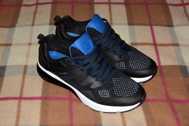 Мужские кроссовки Kinetix размер - 44