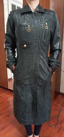 Продаю куртку кожаную весна-осень