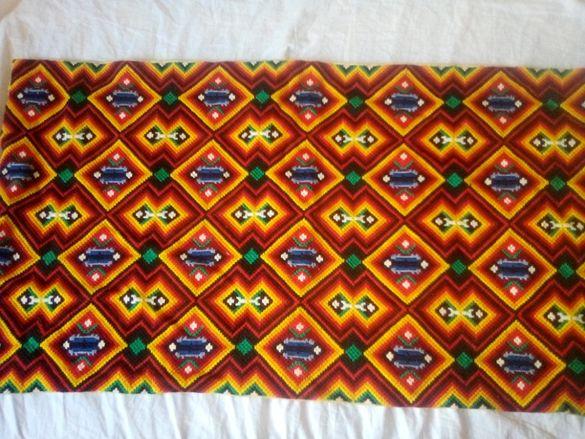 Стенно килимче