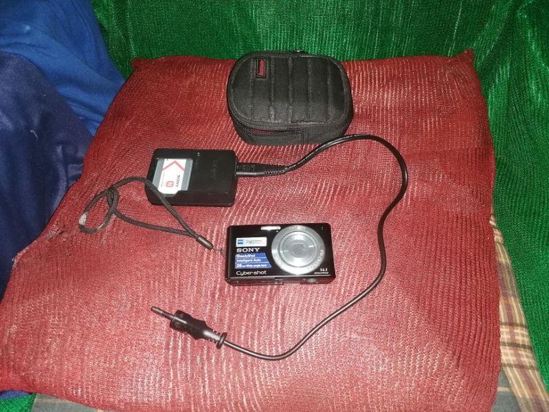 Продавам използван фотоапарат SONY W530 гр. Благоевград - image 1
