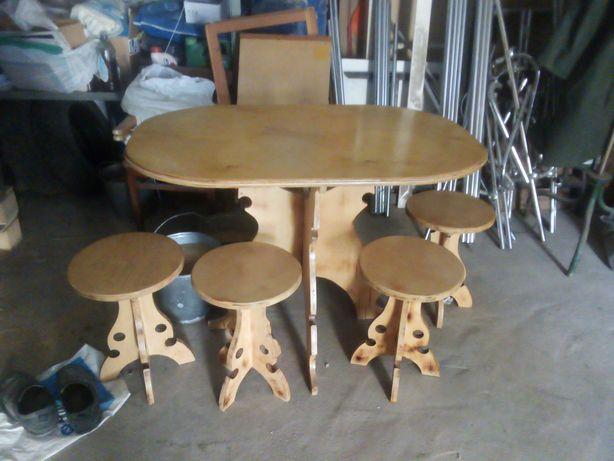 Столик для кухни
