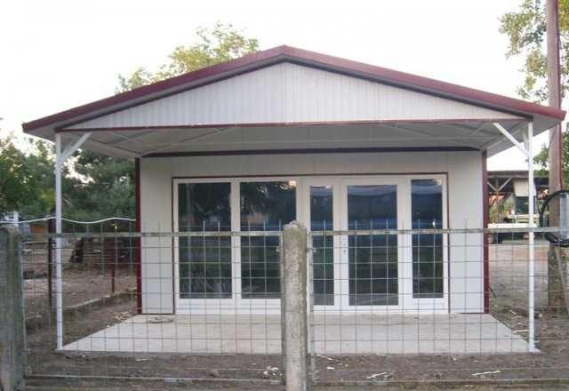 Vand casa si containere stil birou, garaje auto din panou sandwich