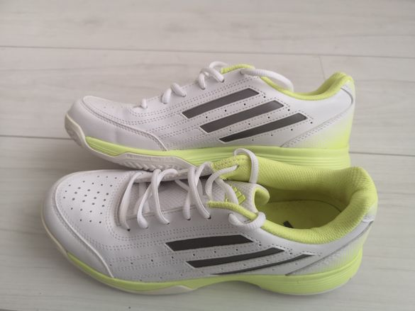 Маратонки за тенис Adidas