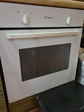 Встроенная электрическая печь