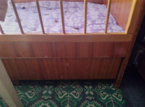 Детско бебешко легло с дюшек