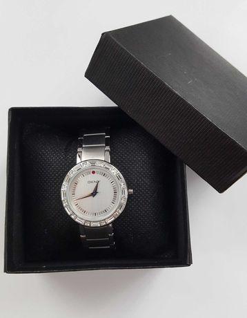 Ceas damă DKNY cu cristale Swarovski