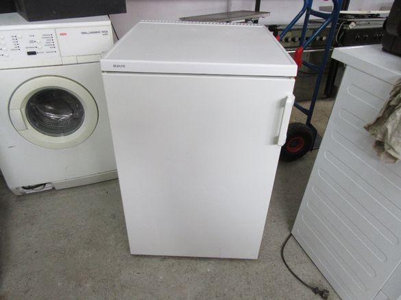 Хладилник Bosch идруги 10бр.