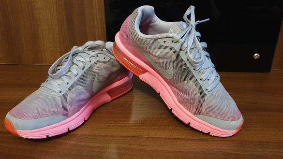 Nike Air Max Sequent с камери