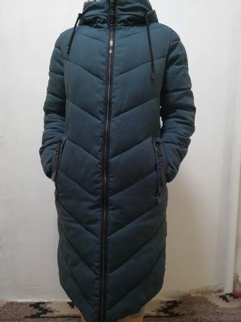 Продам куртку осень