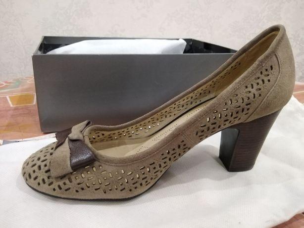 Женская обувь мода