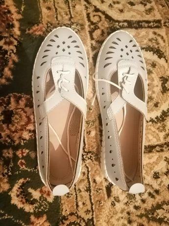 Продам обувь (новый)