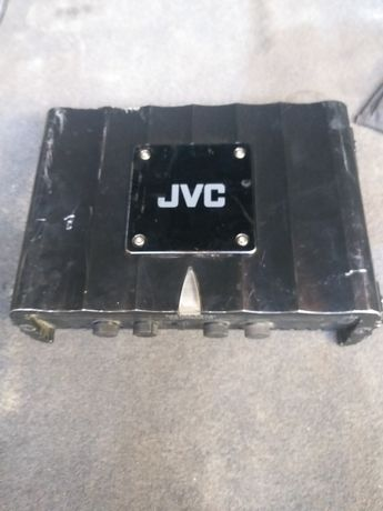 Усилитель JVS для саббуфера