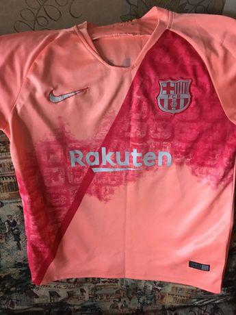 Продам фирменный футбольный костюм Барселона!