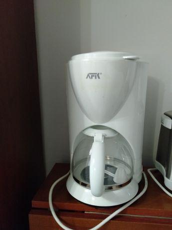 Кофеварка новая, ни разу не пользовались