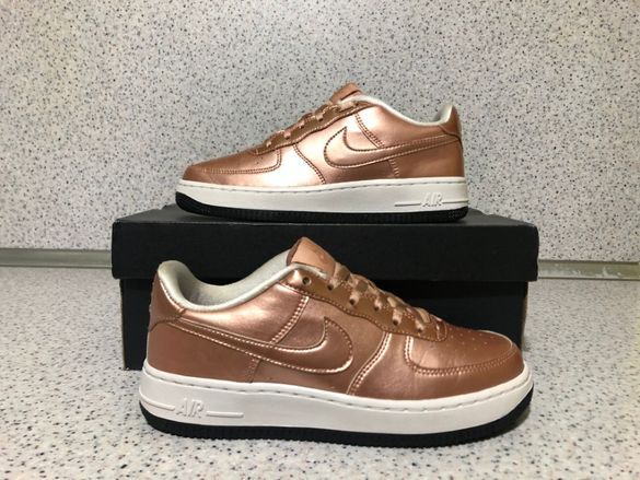 ОРИГИНАЛНИ *** Nike Air Force 1 SE Metallic Red Bronze