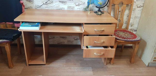 Продам компьютерный рабочий стол
