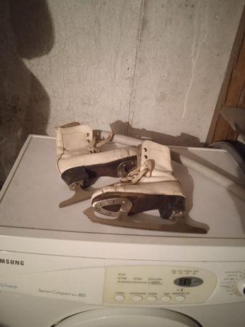 Коньки для девочек,ботинки из нат.кожи эксклюзив советских времен