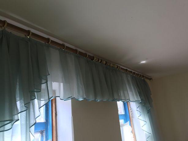Продам шторы бюрюзового цвета
