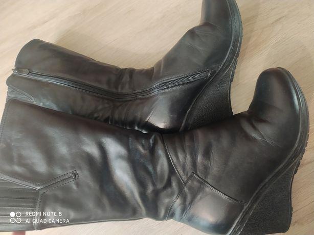 Продам зимние женские кожаные  сапоги 36 размера