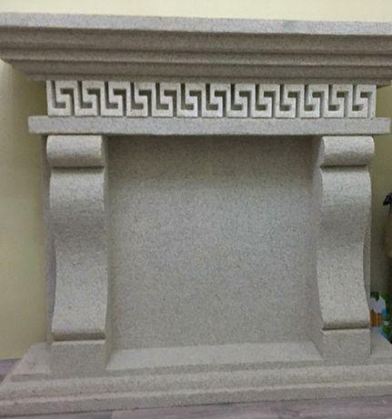 Камин из пенополистирола ( пенопласта) , полка, б/у