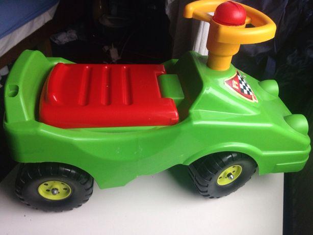Camion jucării