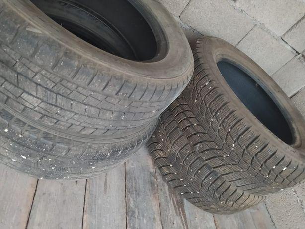 Продам  комплект зимние шины